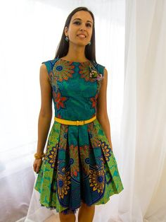 vlisco dress - actually made using a Burda pattern as inspiration for a wedding event. Wow!