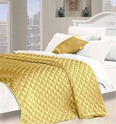 9bc6a23d07d Textiles Direct Desire Faux Silk King Size Quilted Bedspread in Gold  Amazon .co.