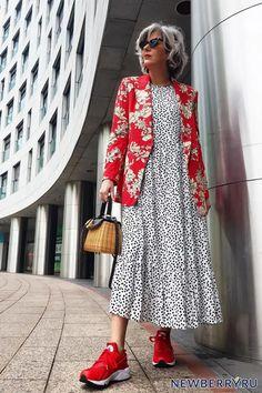 Over 50 Womens Fashion, 70s Fashion, Timeless Fashion, Fashion Outfits, Looks Vintage, Stylish Girl, Fashion Addict, Beautiful Outfits, Street Style