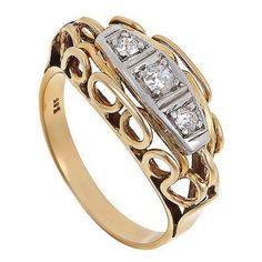 Terméktípus: gyűrű Anyag: arany Kő: gyémánt Szín: többszínű Nem: női Állapot: korának megfelelő  nagyon szep bicolr gyuru 14k 0,20ct gyemantokal SI WEISS ,3,9gramm 55os meret csere nem erdekel az ar fix