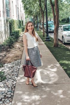 Interview outfit - #interview #outfit Business Casual Outfits For Work, Business Professional Outfits, Business Attire, Young Professional, Business Women, Business Chic, Business Fashion, Business Formal, Work Attire Women