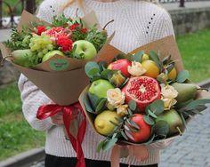 23 Ideas Fruit Basket Arrangement Decoration For 2019 Food Bouquet, Candy Bouquet, Edible Bouquets, Floral Bouquets, Edible Arrangements, Flower Arrangements, Vegetable Bouquet, Fruit Juice Recipes, Fruit Creations