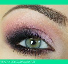 Purple eyeshadow for hazel eyes/ green eyes