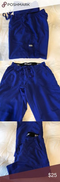 Grey's Anatomy Scrub Pants M Petite Royal Blue 💕 Grey's Anatomy Scrub Pants  M Petite Royal Blue in great condition.   Price drop and price is firm final price. Other