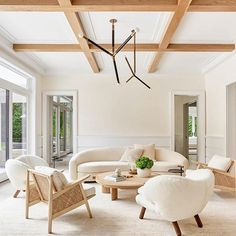 A clean neutral tone-on-tone palette is stunning with the warm wood coffered ceiling and its modern furnishings. Design by Tamara Magel Designs via Mary Hannah Interiors Beach Design, Home Design, Room Interior, Interior Design Living Room, Interior Decorating, Living Room Decor Furniture, Country House Interior, Luxury Homes Interior, Interior Paint