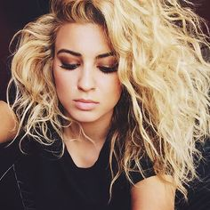 Tori Kelly (@torikelly) • Instagram photos and videos
