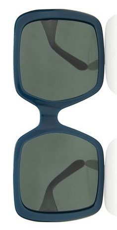 oversized square sunglasses  http://rstyle.me/n/r38snpdpe