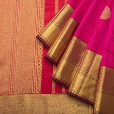 Indian Wedding Outfits, Indian Outfits, Malayali Bride, Bengali Bride, Cocoon, Brocade Dresses, Saree Border, Kanchipuram Saree, Silk Sarees