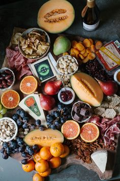 How to Make a Lush Cheese & Charcuterie Board For The Holidays (and a Wine Pairing) - A Daily SomethingA Daily Something Charcuterie Recipes, Charcuterie Board, Tapas, Cheese Cake Filling, Perfect Food, Food Presentation, Appetizer Recipes, Appetizers, Wine Recipes