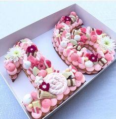 Ideas Birthday Cake Ideas Sweet 16 For 2019 16 Birthday Cake, Sweet 16 Birthday, Number Birthday Cakes, Birthday Balloons, Happy Birthday, Cupcakes, Cupcake Cakes, Cookie Cakes, Cookies