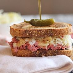 You're going to love this vegan reuben jackfruit sandwich. It is packed with corned jackfruit, crunchy sauerkraut, and tangy Thousand Island dressing on toasted marbled rye. It's a flavor-packed lunch or dinner that truly delivers. #vegan #sandwich #reuben #lunch #jackfruit Vegan Seitan Recipe, Seitan Recipes, Vegetarian Recipes, Non Dairy Cheese, Non Dairy Butter, Reuben Sandwich, Sandwich Recipes, Jackfruit Carnitas, Pickled Turnips