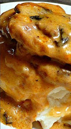 Slow Cooker Steak in Golden Mushroom Cream Sauce ❊