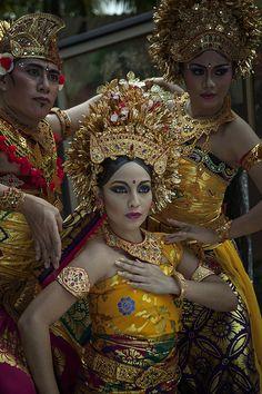 Bali Dancer by sony kurniawan on 500px