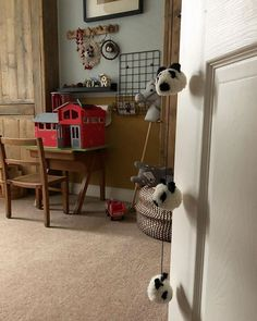 . Kidsroom, Sheffield, Kids Decor, Cheer, Home Appliances, Nursery, Interior Design, Natural, Hot