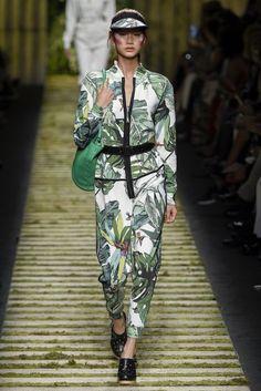 Max Mara Spring/Summer 2017 Ready-To-Wear Collection   British Vogue