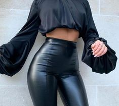 High Fashion Outfits, Mode Outfits, Classy Outfits, Look Fashion, Trendy Outfits, Womens Fashion, High Fashion Looks, All Black Fashion, Fall Outfits