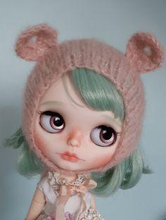 Custom Blythe OOAK art doll 'Romy' by Eskabelle on Etsy