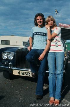 Barry Sheene, with wife Stephanie. Bsa Motorcycle, Motorcycle Events, Racing Motorcycles, Classic Motorcycle, Guy Martin, Biker Quotes, British Motorcycles, Vintage Tractors, Old Bikes