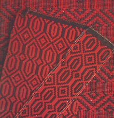 Beautifully and authentically crafted in Merino Wool by artisan weavers using traditional looms, Mantas 12 is a noble and heritage product, intrinsic to the culture of Portugal. Mantas colours are reflective to the Portuguese landscape, and the weave design, an extraction from traditional carpets. Subject to suitable maintenance Mantas will last a lifetime and pass from generation to generation