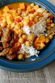 Housewife In Town: Coconut Chick Pea Curry with Yams