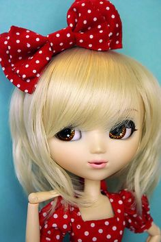 Minnie Style by KitchCat, via Flickr