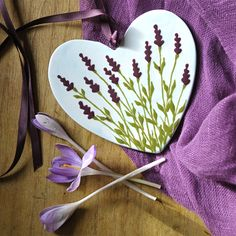 Lavender heart just for love. Pottery Painting Designs, Pottery Designs, Paint Designs, Painted Mugs, Hand Painted Ceramics, Diy Clay, Clay Crafts, Glaze Paint, Heart Painting