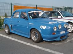 ....and for anyone wondering what a Renault Dauphine looked like.....here is a Gordini type ;)