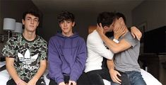 Image result for jylan I Support You, Love Culture, Cute Gay, Gay Couple, Pretty Boys, Couple Goals, Kisses, Relationship Goals, Lgbt