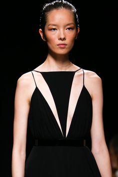Balmain Spring 2015 (The make-up artist might want to match her foundation to her skin next time. Fail.)