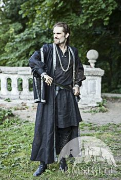 Mittelalter Gewand Kostüm Tunika und Mantel Osteuropa