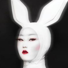 Kim Chi, RPDR8, drag makeup.
