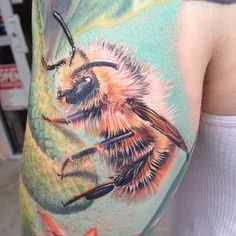 Gorgeous Bee tattoo,  Go To www.likegossip.com to get more Gossip News!