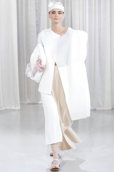 Designer: Alíz Simon Anti Fashion, Young Designers, Duster Coat, Jackets, Fashion Design, Clothes, Posts, Down Jackets, Outfits