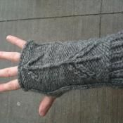 Pointers: Knitted Armwarmers - via @Craftsy