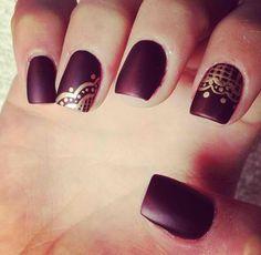 Matte lace nails