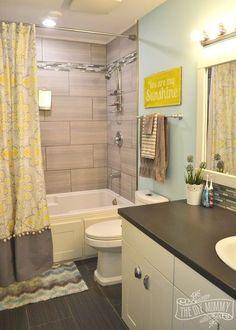 Charmant A Happy Yellow U0026 Aqua Kidsu0027 Bathroom