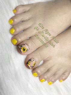 Pedicure Designs, Pedicure Nail Art, Toe Nail Designs, Manicure, Toe Nail Color, Toe Nail Art, Nail Colors, Karma Nails, Feet Nail Design