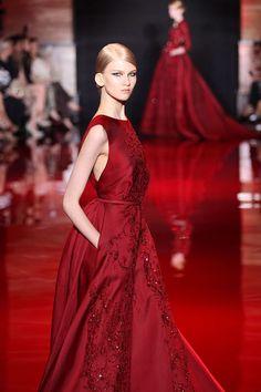Elie Saab - Couture - Otoño invierno 2013-2014 Rojos Elie Saab Couture 46fa3b76ef