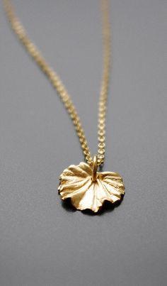 Geranium Leaf Charm Gold Necklace