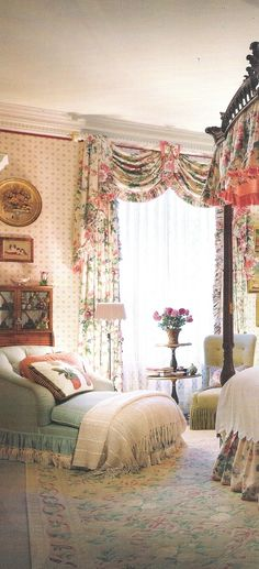 """Yep, this is it. My """"Shappy Chic"""" bedroom fantasy. I can just imagine myself lounging in that chair and reading! (VERY English cottage) English Cottage Style, English Country Decor, English Style, Modern English, French Country, English Inn, English Cottages, Shappy Chic Bedroom, Romantic Homes"""
