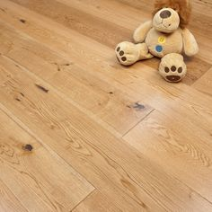 Alverton Engineered Flooring 20/5mm x 190mm Oak Lacquered 2.09m2 - from Discount Flooring Depot UK. From only £32.99 per m2.