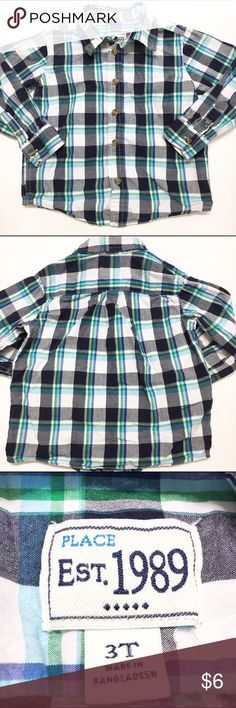 🛍 Children's Place plaid button down shirt Children's Place plaid button down shirt. Pleats in back and curved shirttail hem. Size 3T. Play condition. Small tear on the back towards bottom.  🛍 FREE WITH PURCHASE OF $10 OR MORE! OR PAY PRICE LISTED IF PURCHASED INDIVIDUALLY! Children's Place Shirts & Tops Button Down Shirts