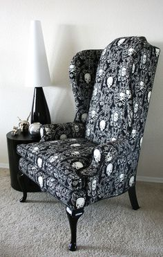 Grandad Skull Chair, I need this for my room! so then no one else can sit on it! Skull Furniture, Gothic Furniture, Cool Furniture, Furniture Design, Furniture Market, Goth Home Decor, Gypsy Decor, Skull Decor, Decoration Inspiration