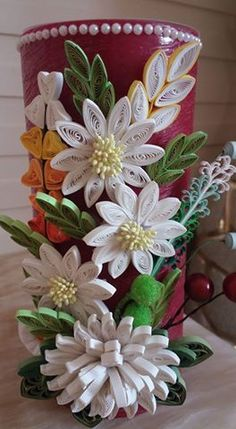 off the wall ideas Neli Quilling, Quilling Dolls, Quilling Work, Quilling Craft, Quilling Flowers, Quilling Ideas, Paper Quilling Tutorial, Quilled Paper Art, Paper Quilling Designs
