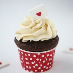 Chocolate cupcakes for Valentines