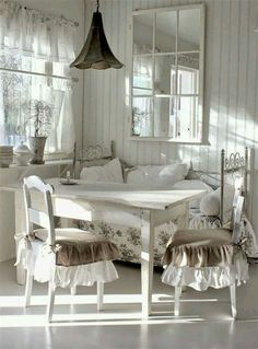 Comforting shabby chic dining room vintage browse around this site Decor, Furniture, Interior, Chic Decor, Shabby Chic Furniture, Chic Dining Room, Shabby Chic Room, Shabby Chic Dining, Shabby Chic Dining Room