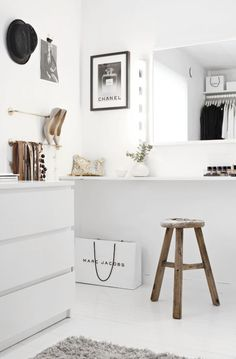 wardrobe, white, sitting place, mirror, storage layout
