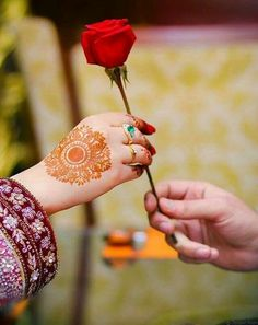 Tips For Planning The Perfect Wedding Day – Cool Bride Dress Engagement Ring Photography, Indian Wedding Couple Photography, Wedding Photography Poses, Hand Photography, Fashion Photography, Cute Muslim Couples, Romantic Couples, Wedding Couples, Hand Pictures