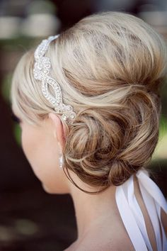I think I really like this up-do! And I really like the hairband tied in the hair. Only wondering if it will be too much with my veil as well? @Melissa Brown Baire Hunt