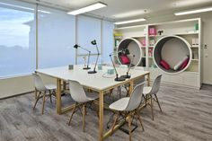 T-Mobile offices by A+D Retail Store Design, Warsaw – Poland